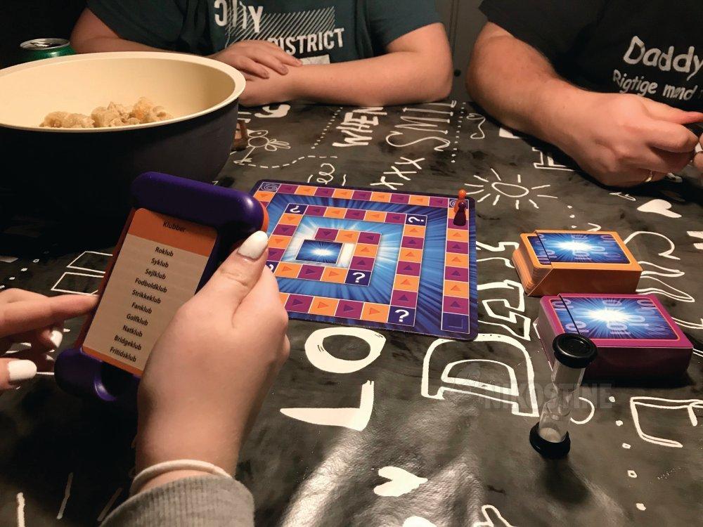 Køb Spil, Få Tungen På Gled ungdomsspil 8+ online